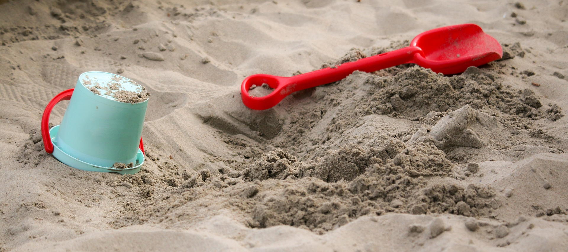 A Look at How Sand Therapy Helps Children at the NCSAC