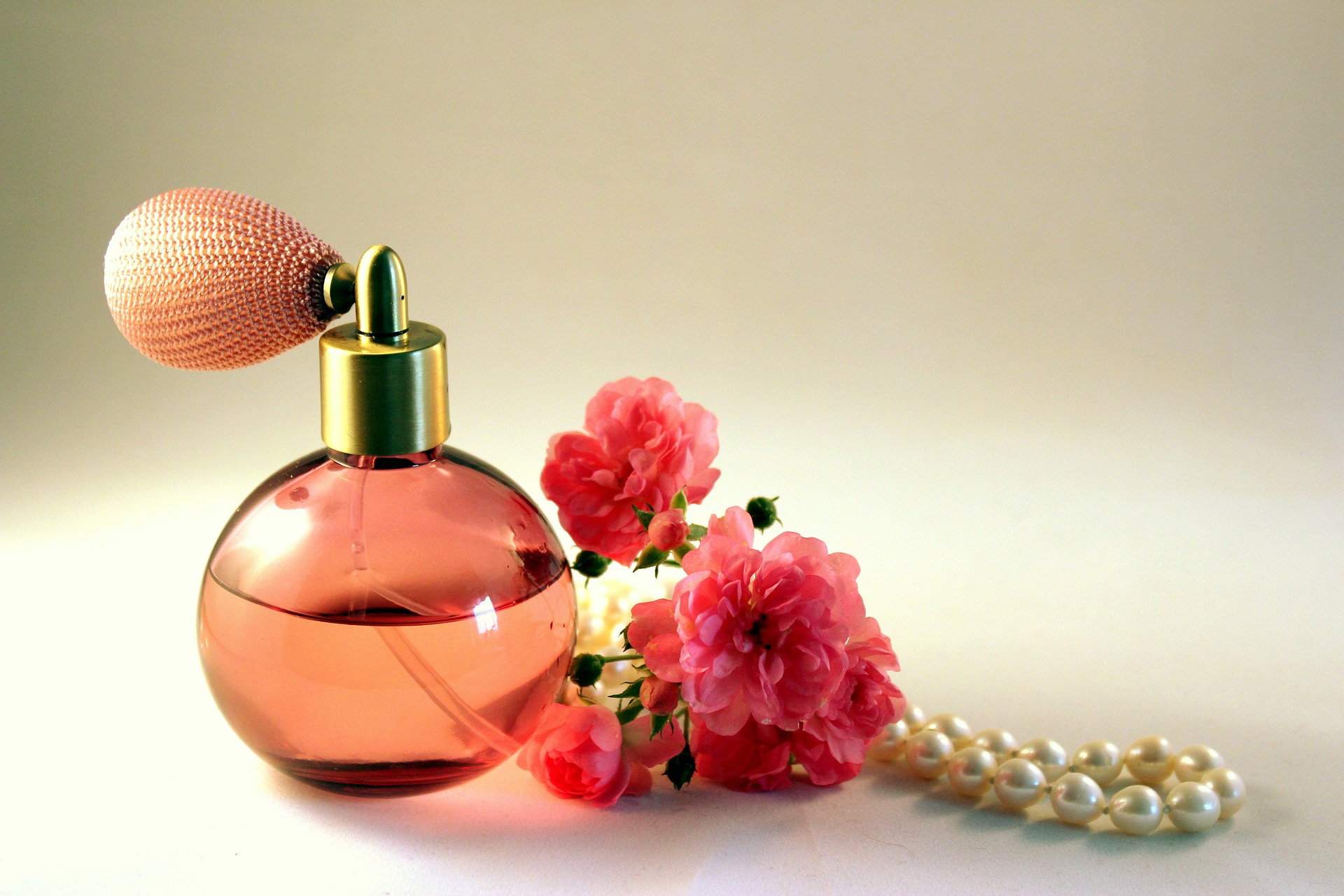 7 Top Notes on Perfume as an Ancient and Modern Art