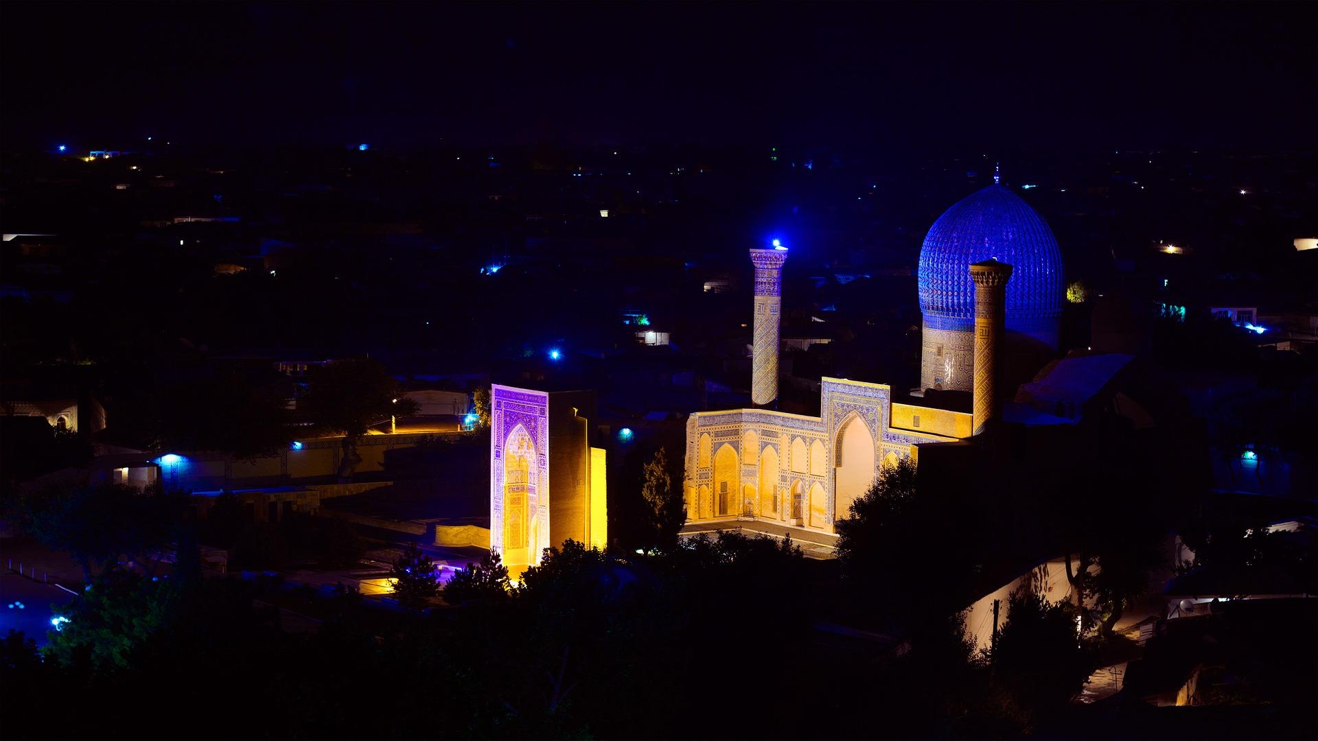 5 Stunning Historic and Natural Treasures in Uzbekistan